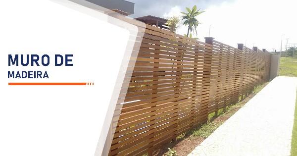 Construção de Muro de Madeira Santos